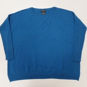 Lord & Taylor 100% Cashmere Blue Sweater